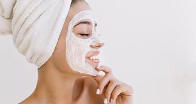 4 Overnight Face Masks You Can Make at Home for Healthy Skin<br/></noscript><img class=