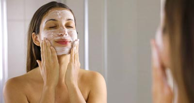 6 Step at Home Skin Care Routine for Beautiful Skin<br/></noscript><img class=